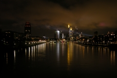 Frankfurt Skyline Mainufer