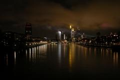 Frankfurt Skyline Mainufer